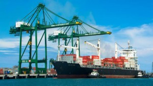 Port-of-Mariel-special-project-container-ship
