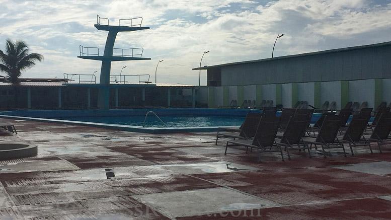 habana-riviera-pool